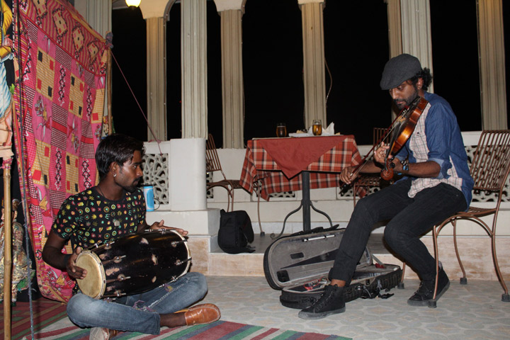 Hezron Jamming with Gypsy Musician and Puppeteer Lucky Bhatt