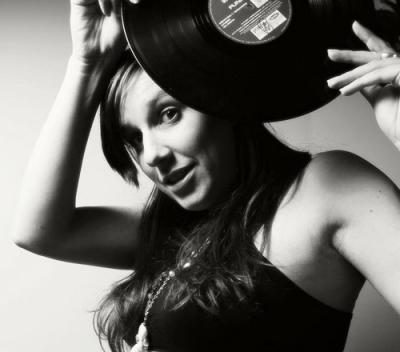 DJ Melitia: Pimping The Decks