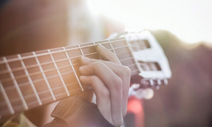 What To Look For In A Beginner's Acoustic Guitar