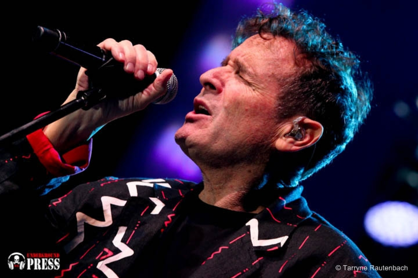 JOHNNY CLEGG - The Final Concert... Standing at the Edge